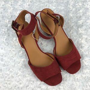 Universal Thread Megan Red Heeled Pump Sandals 9.5